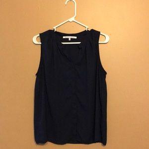 Sleeveless navy button-up blouse